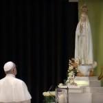 francesco-a-fatima-preghiera-17
