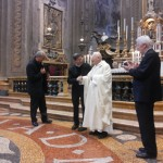 7-card-tagle-don-giulio-e-arcivescovo-matteo