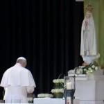 francesco-a-fatima-preghiera-1